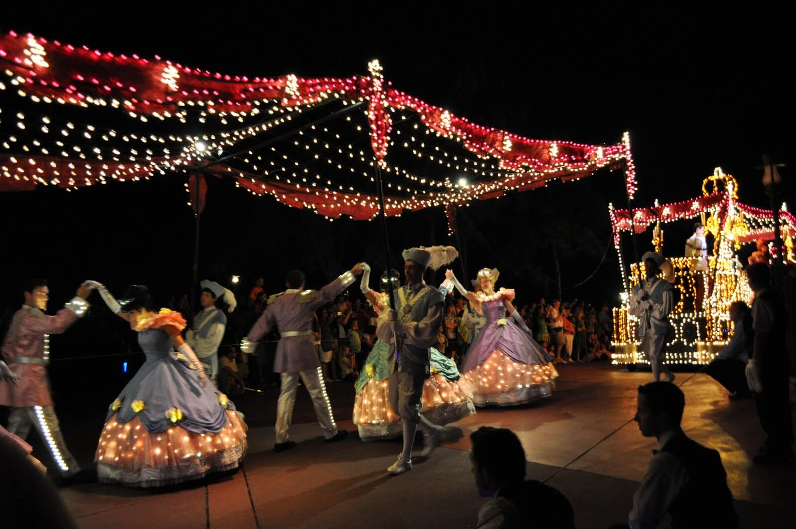 Disney Rides And Main Street Parade (3052009)