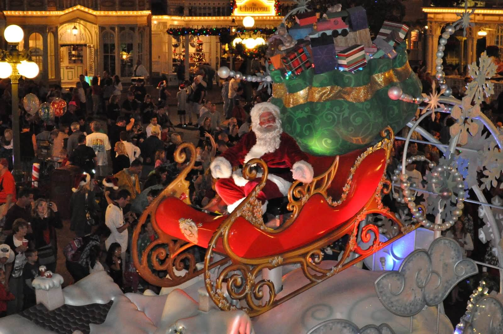 Where to Meet Santa at Disney, Universal and SeaWorld Orlando