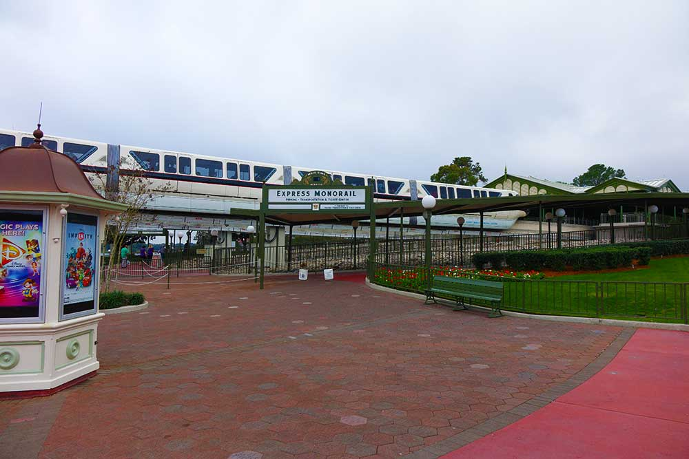 Magic Kingdom Free Transportation - Magic Kingdom Monorail Station