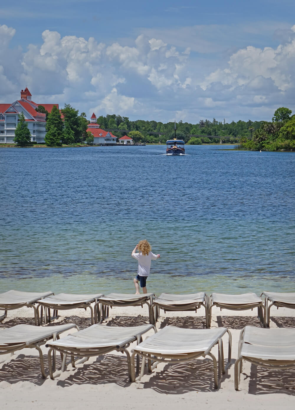 Disney's Deluxe Resorts - Disney's boat launch