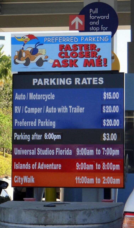 Parking at Universal Orlando Resort