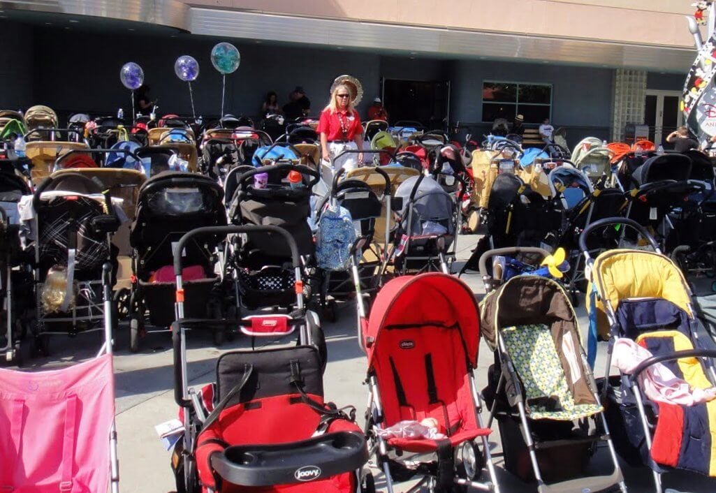 5 Reasons to Use a Stroller on a Theme Park Vacation
