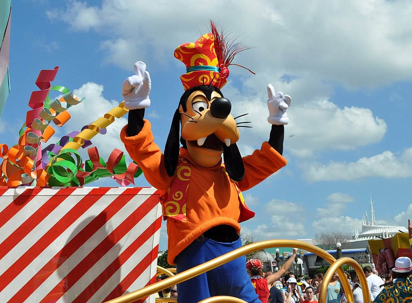 10 Tips to Survive a Disney Vacation with a Big Group