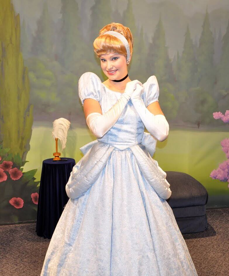 Meet the Disney Princess at Town Square Theater
