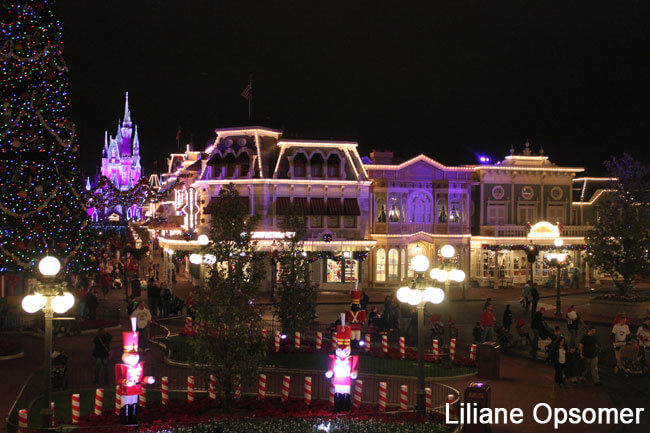 Celebrating the Season: Mickey's Very Merry Christmas Party