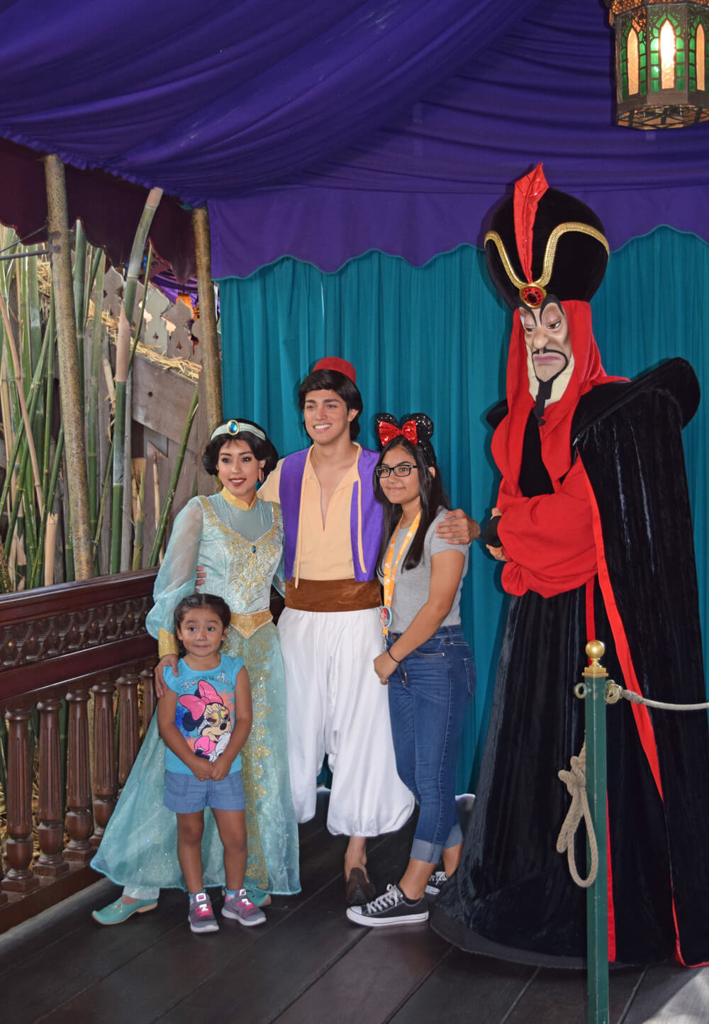 Easy-Does-It Tips to Help a Child Afraid of Disney Characters - Jasmin , Aladdin and Jafar
