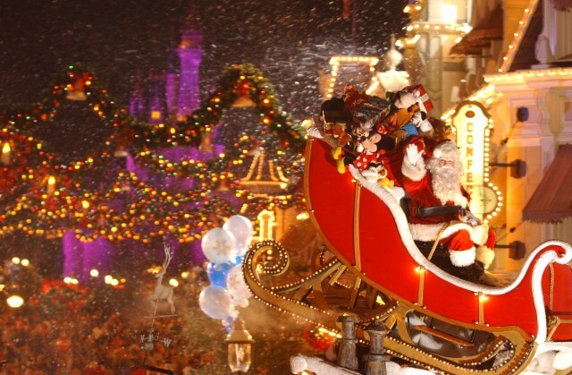 Where to Find Santa at Disney World, Universal, SeaWorld & More