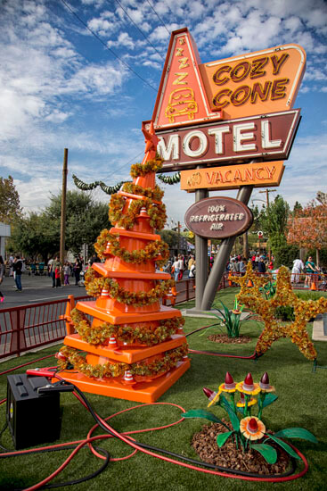 Cozy Cone Motel Christmas Tree
