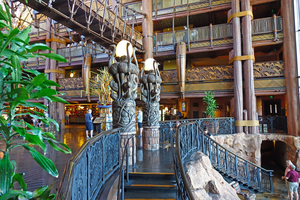 Disney Deluxe Resort Best S Animal Kingdom Lodge