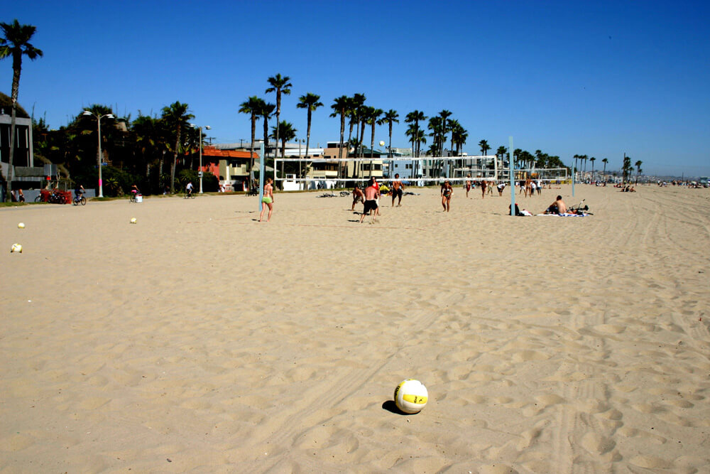 When to visit Los Angeles - beach