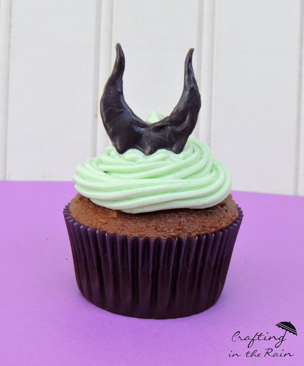Magnificent Maleficent Cupcakes for Your Next Movie Night!