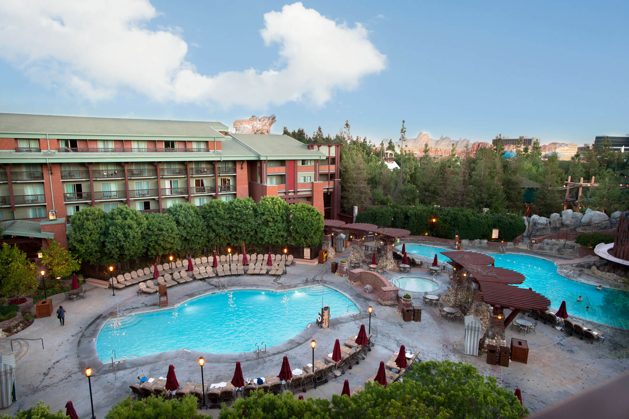 Benefit of staying at a Disneyland Resort Hotel - Grand Californian