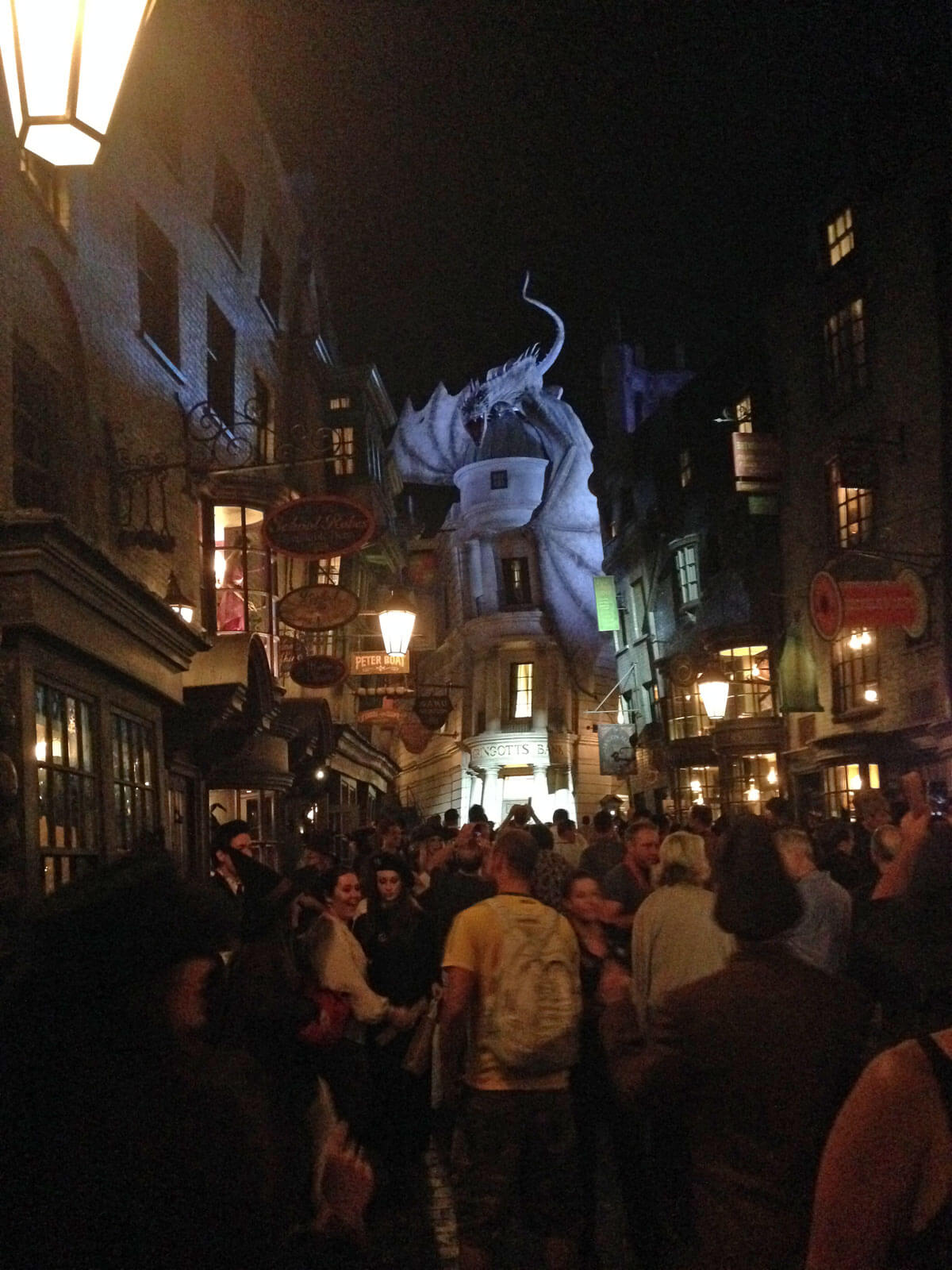 Universal Offers Previews of Spectacular Diagon Alley