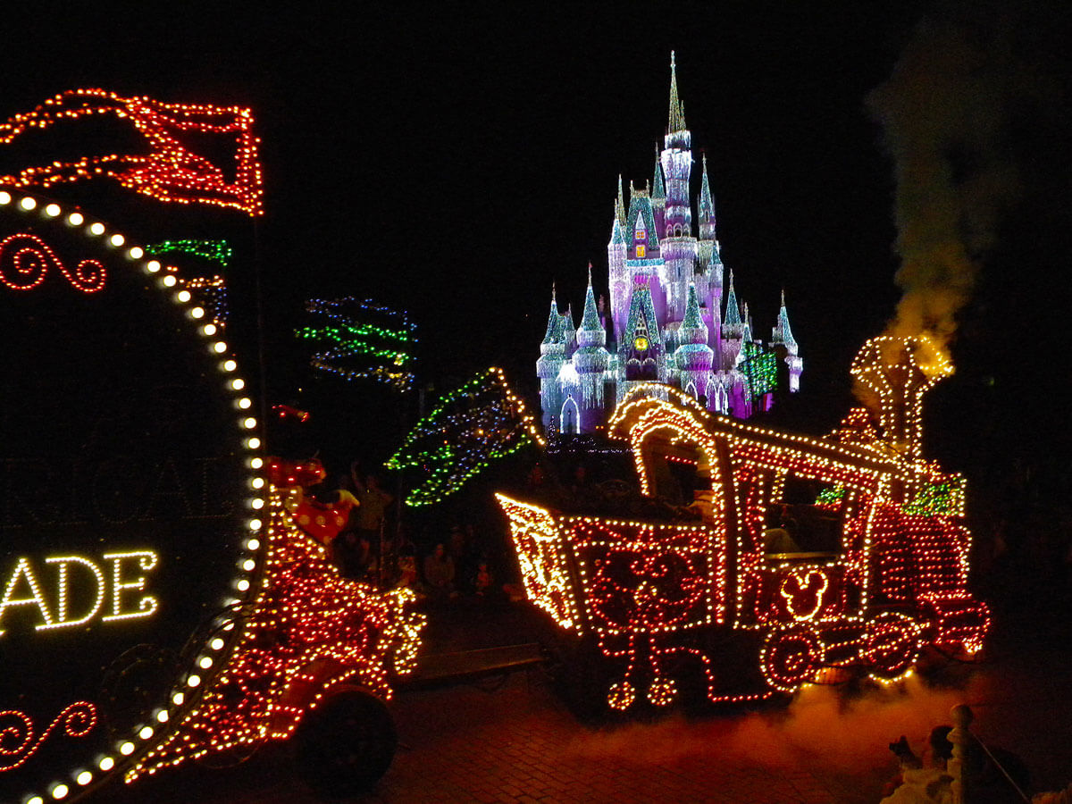 Optimize Disney World vacation - Main Street Electrical Parade