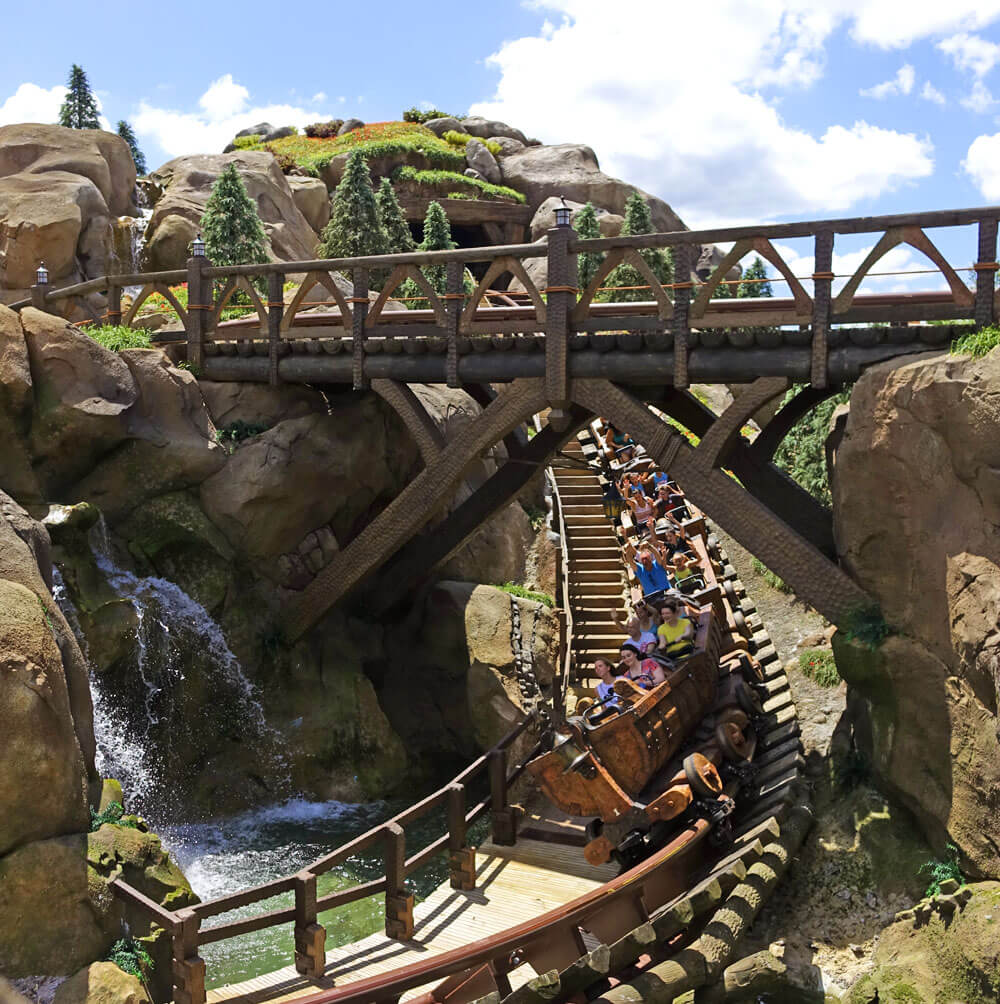 FastPass+ in summer - Seven Dwarfs Mine Train