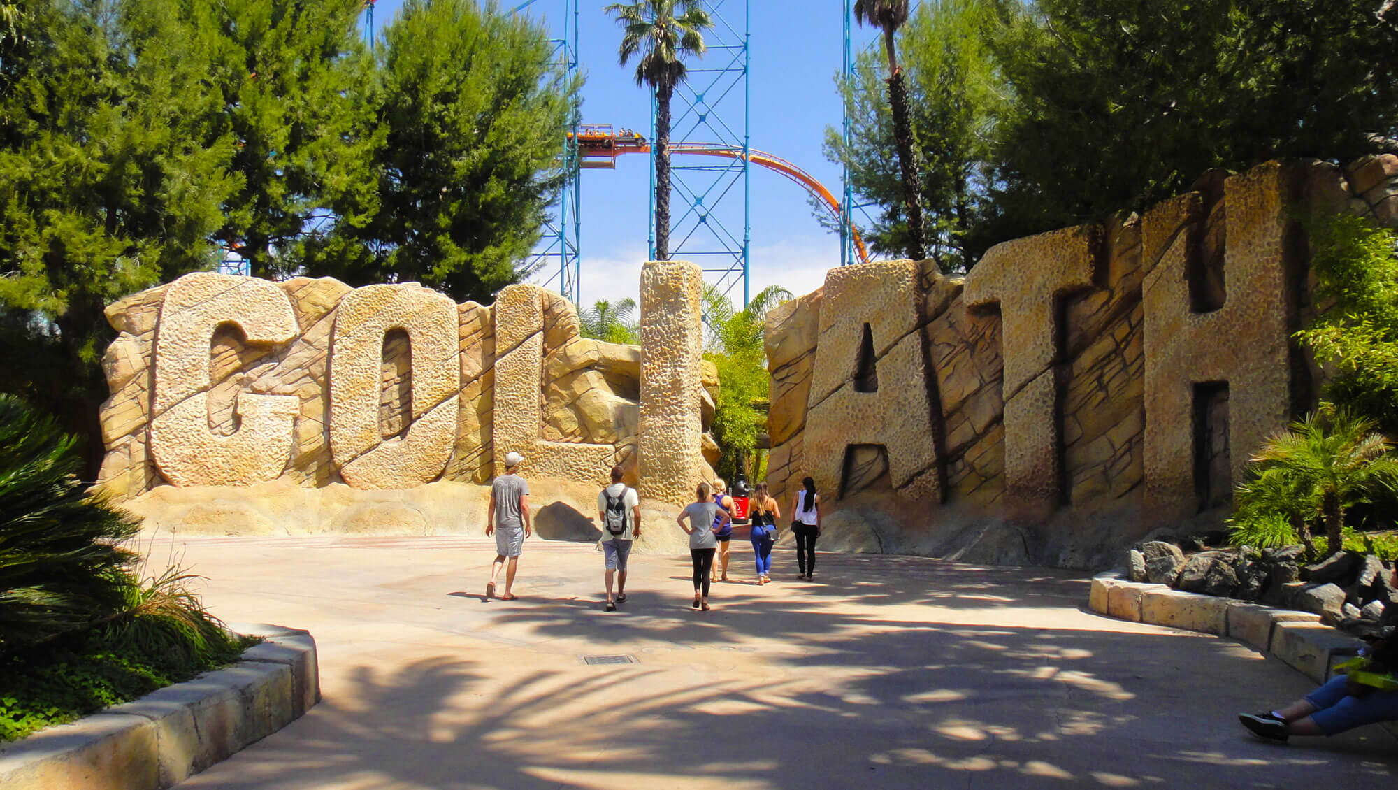 9 Not-to-Miss Six Flags Magic Mountain Attractions