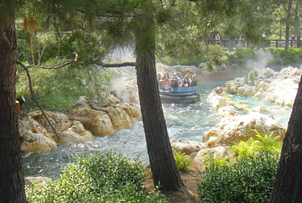 not to miss Disney California Adventure rides and attractions - Grizzly Peak River Run
