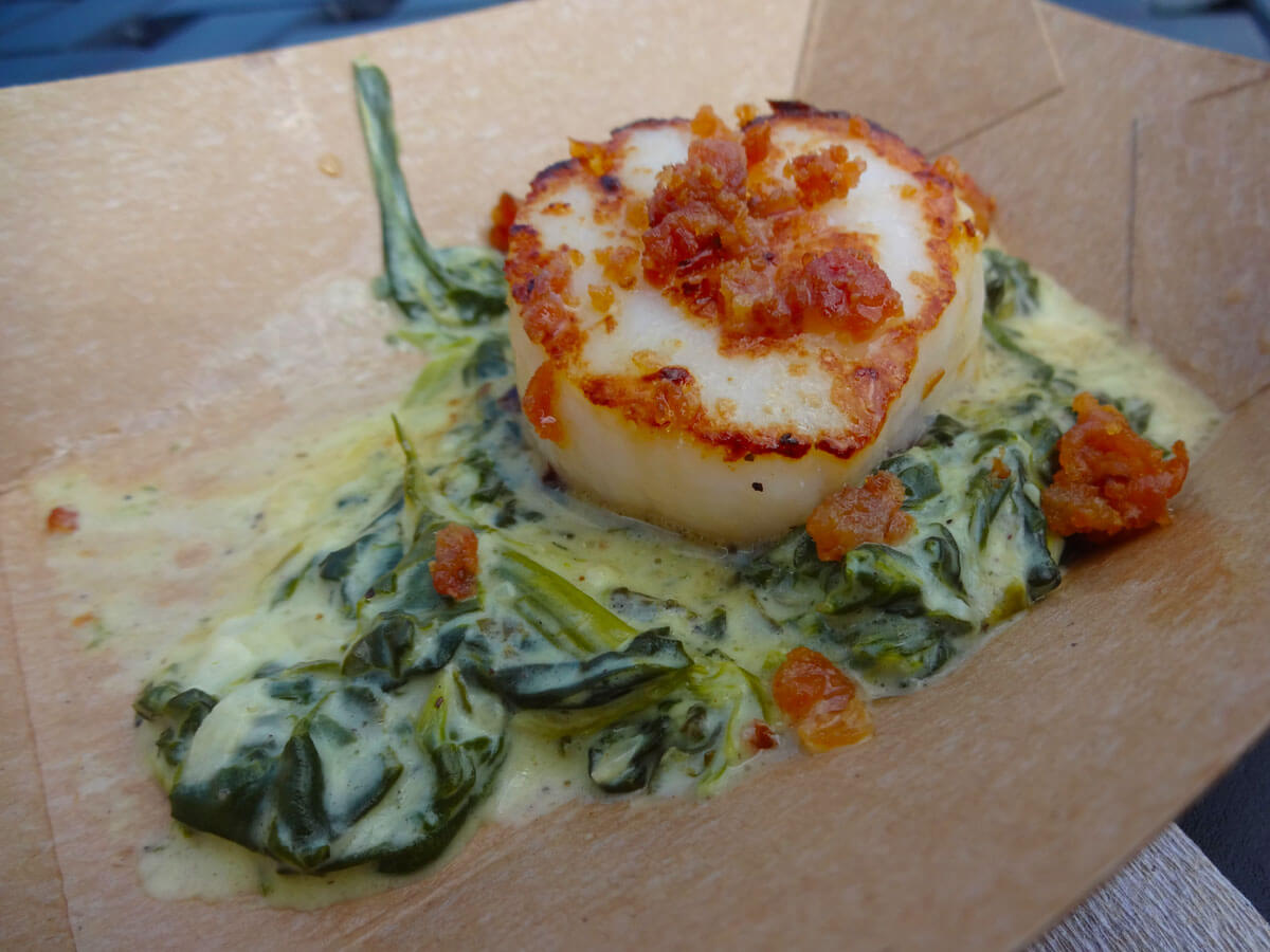 Seared Scallops With Creamy Spinach And Leeks Recipe ...
