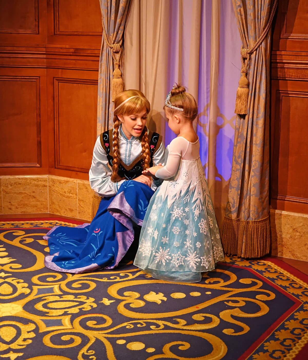 Meeting Elsa and Anna at Disney World