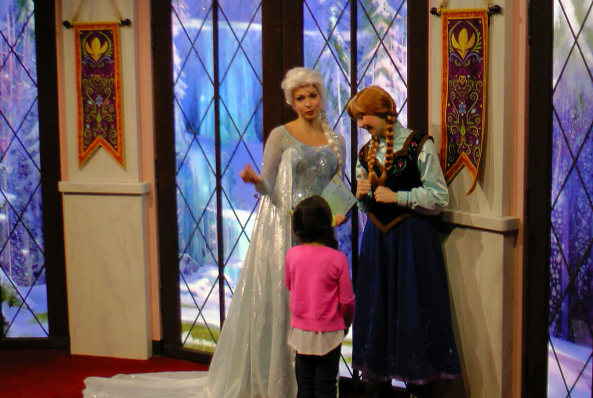 Meet anna and elsa at disneyland undercover tourist how to meet anna and elsa at disneyland resort m4hsunfo