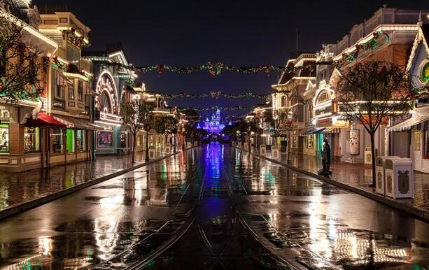 Disneyland Christmas Main Street U.S.A.