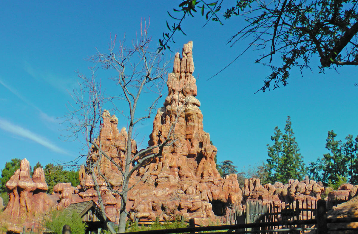 Disneyland FASTPASS - Big Thunder Mountain Railroad