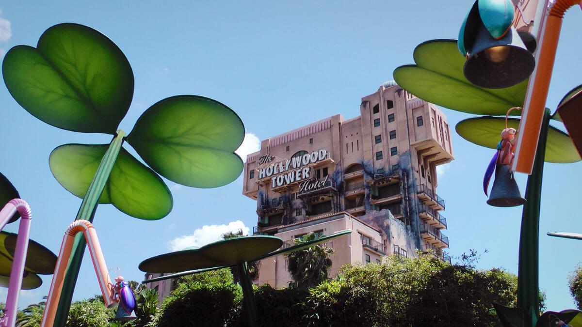 Disneyland's Top Thrill Rides - The Twilight Zone Tower of Terror