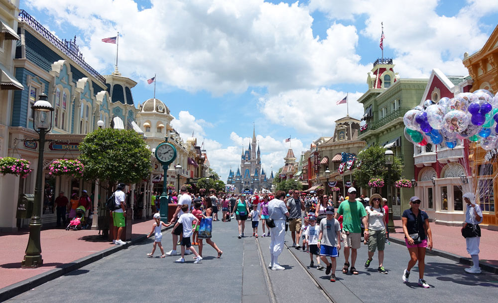 Tips for using FastPass+ in summer - Main Street U.S.A.