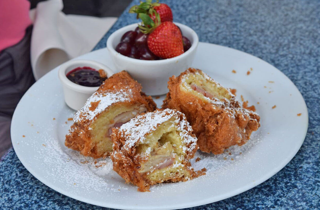 Disneyland Dining Reservations - Monte Cristo at Blue Bayou