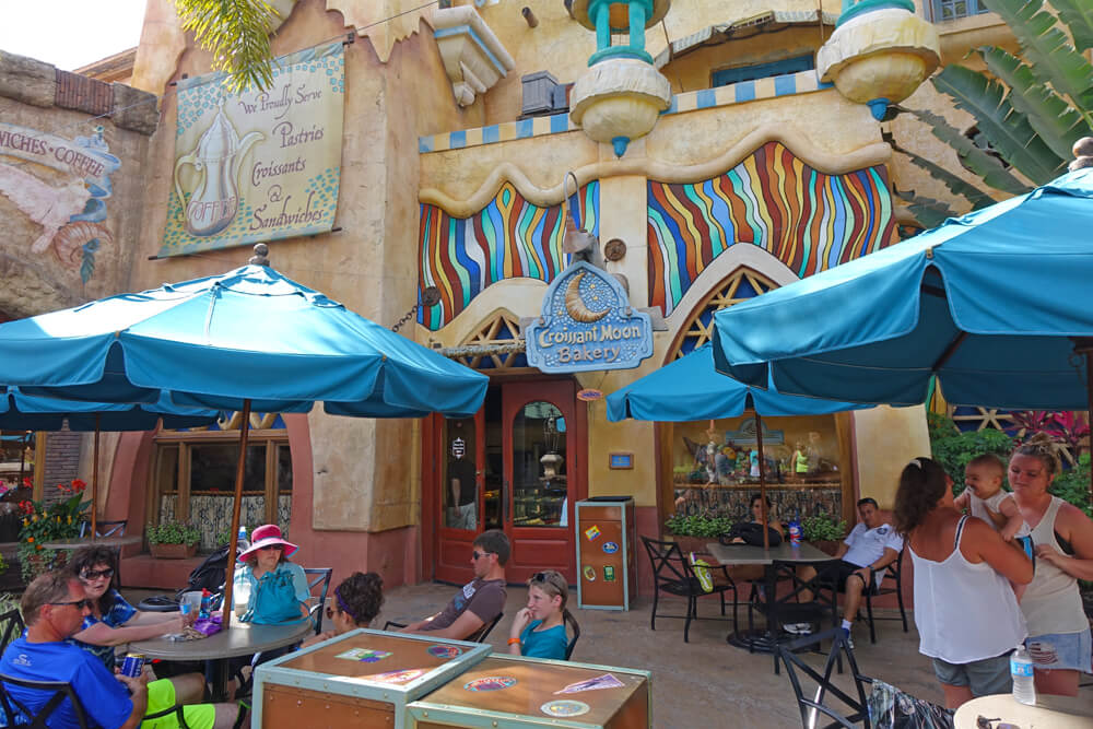 Islands of Adventure Counter Service Restaurants - Croissant Moon