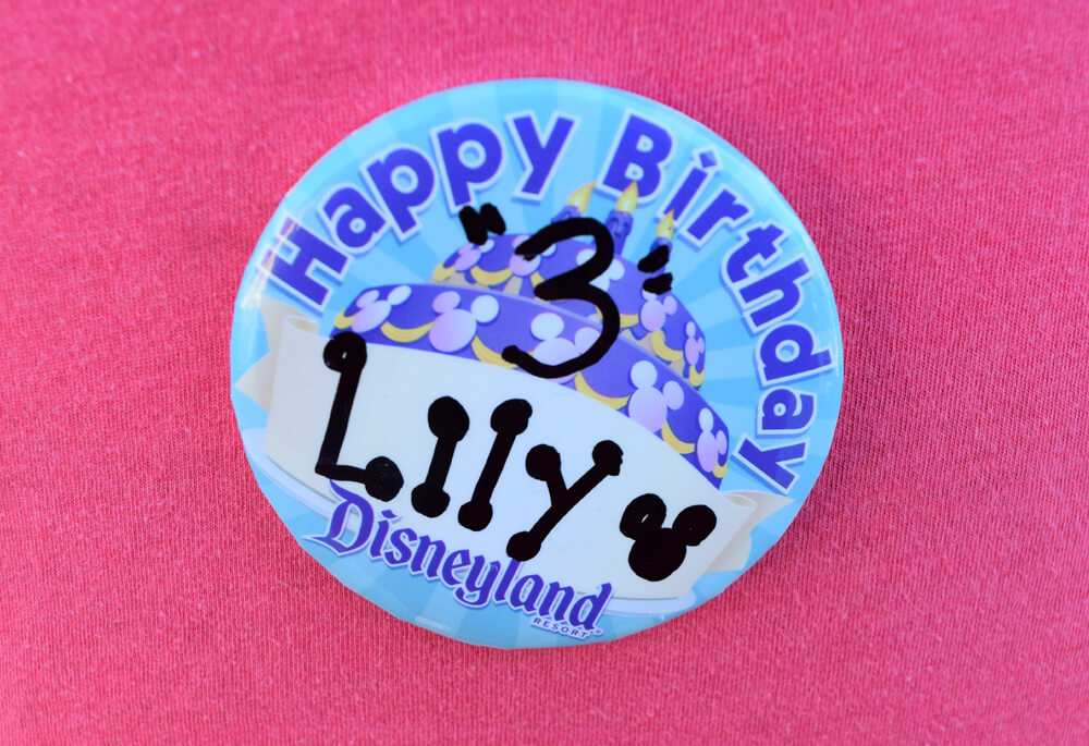 Free things to do at Disneyland - celebration button