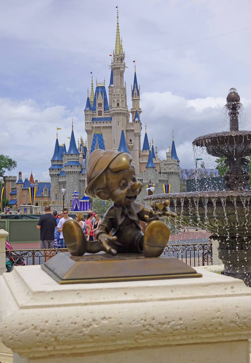 Overview of Disney's Disability Access Service (DAS) Card