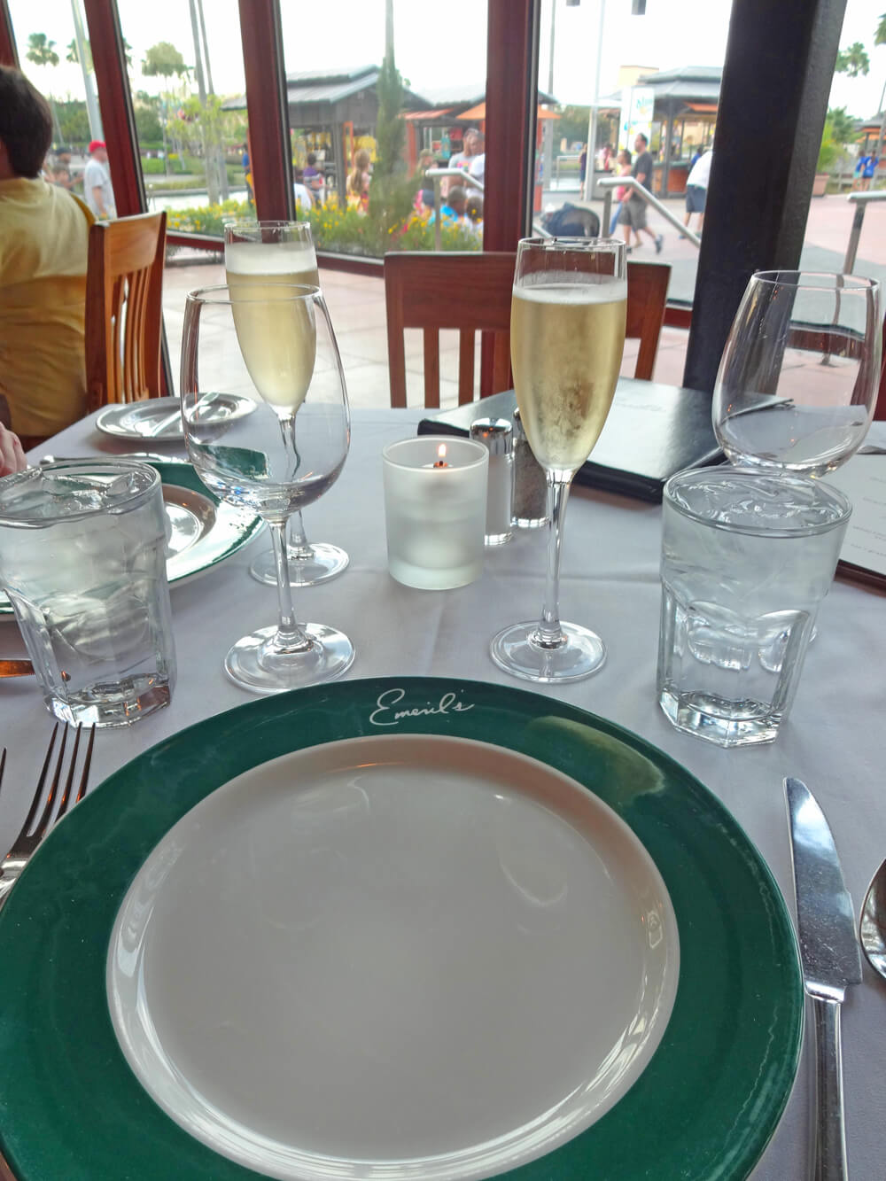Best Table Service Restaurants At Universal CityWalk Orlando - Table service restaurants