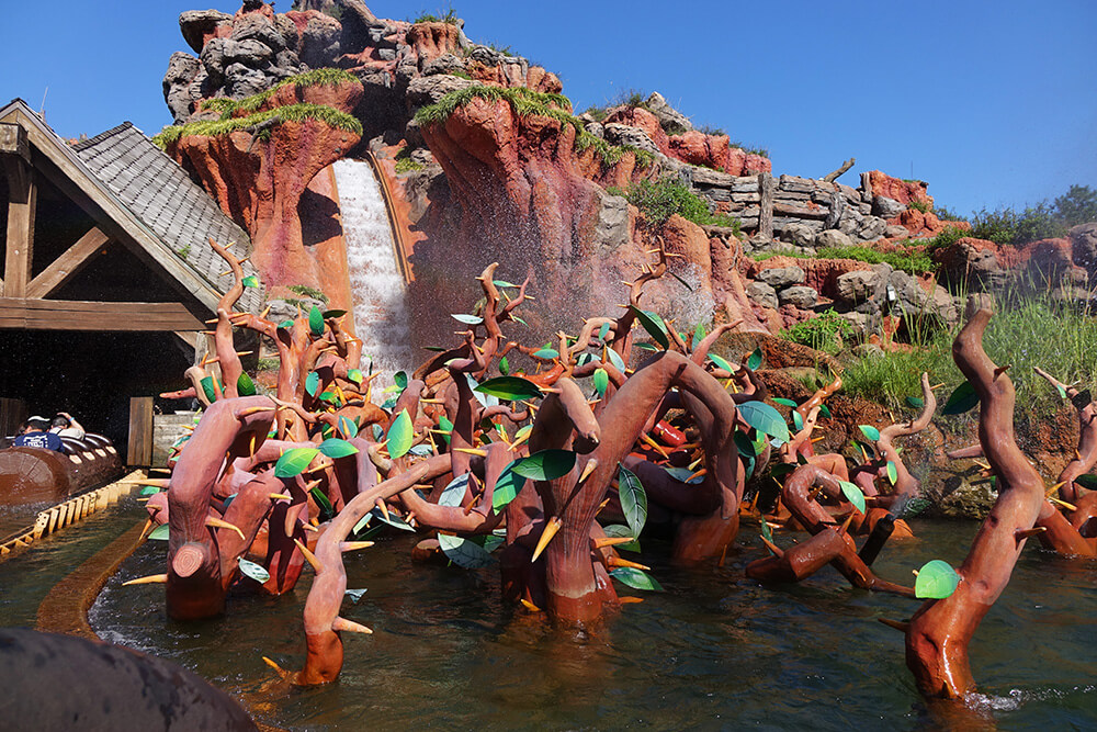 The Secret History of Splash Mountain - Splash Mountain