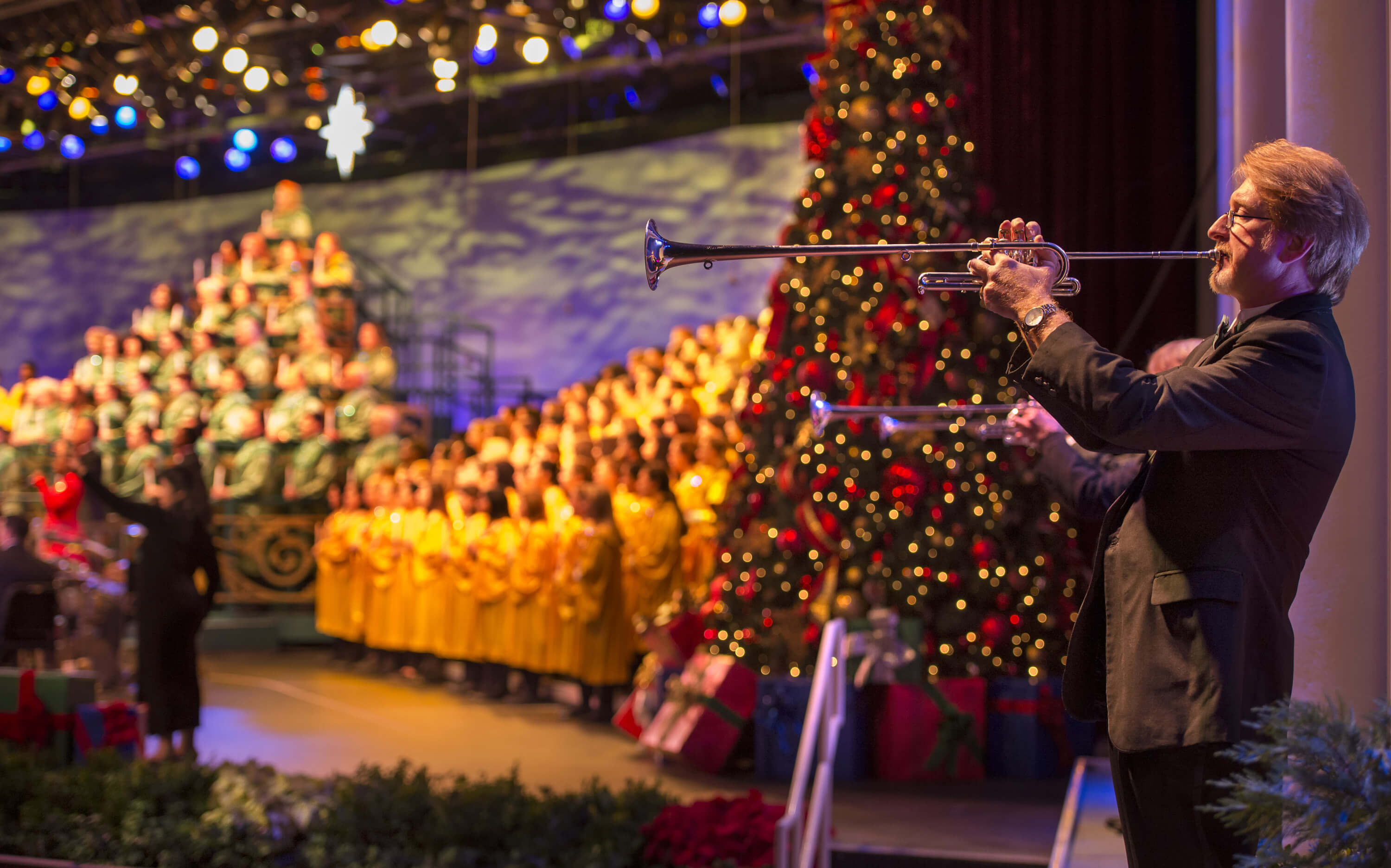 disney world holiday events 2018 epcot candlelight processional - Disney Beauty And The Beast Christmas Decorations