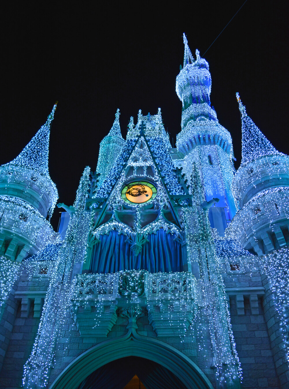 The Complete Guide to Disney World Holiday Events