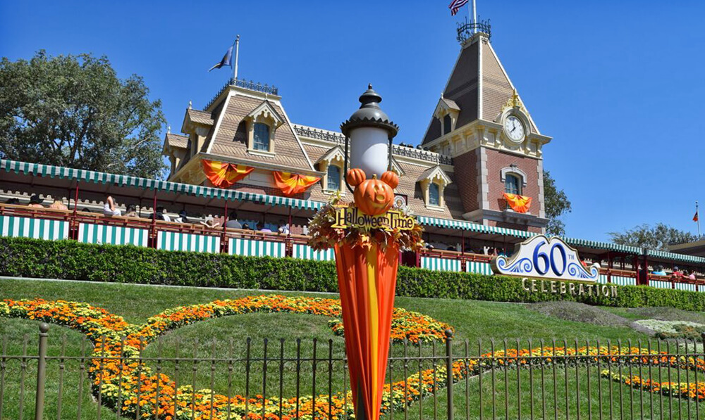 Disneyland 2016 Halloween Time, Party Dates Revealed