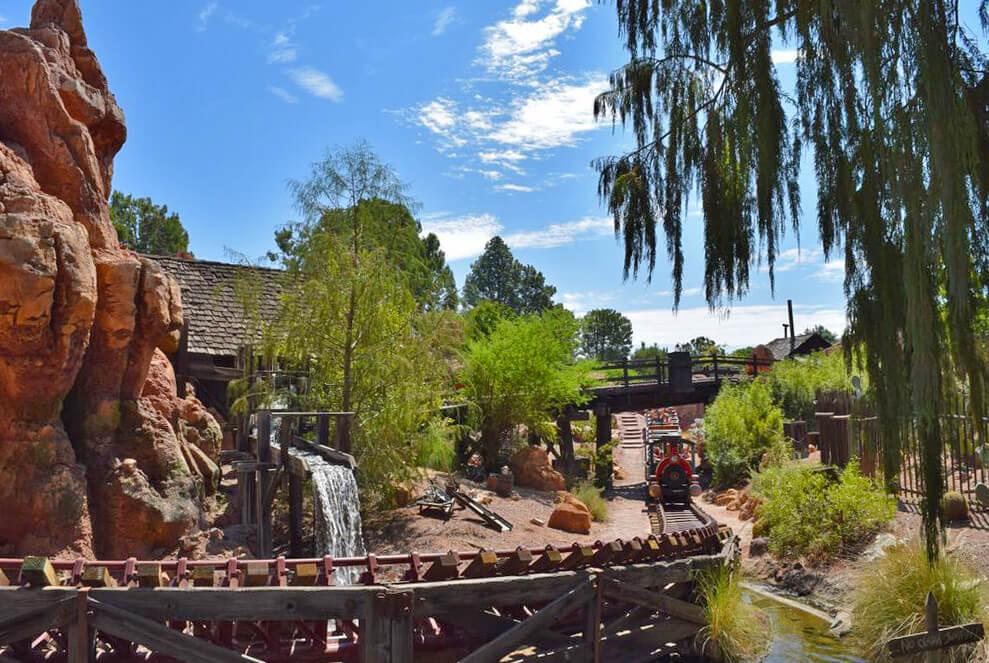 The Secret History of Disney Rides: Big Thunder Mountain Railroad - Big Thunder Mountain Railroad