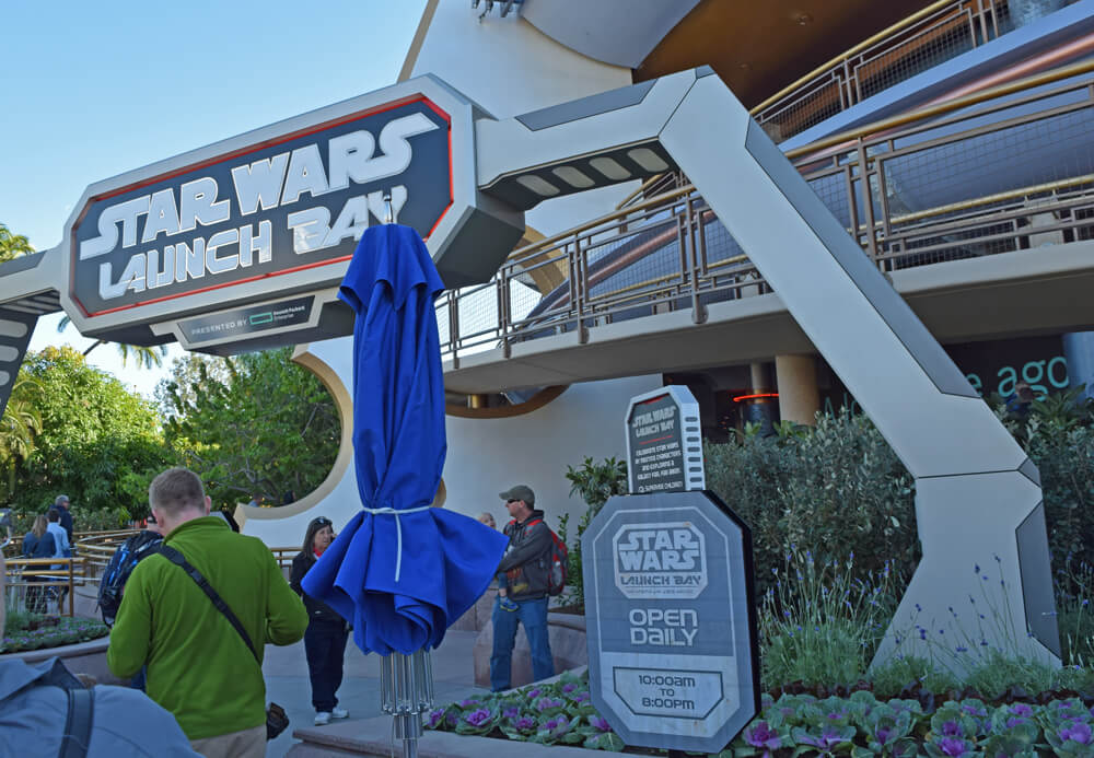 Disneyland Season of the Force - Star Wars Launch Bay