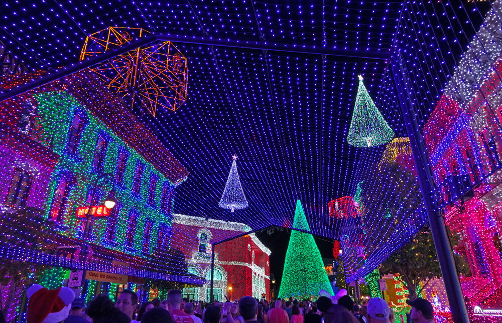 Osborne Family Spectacle of Dancing Lights 2015 Tips - Our Top Tips For Enjoying The Osborne Spectacle Of Dancing Lights 2015