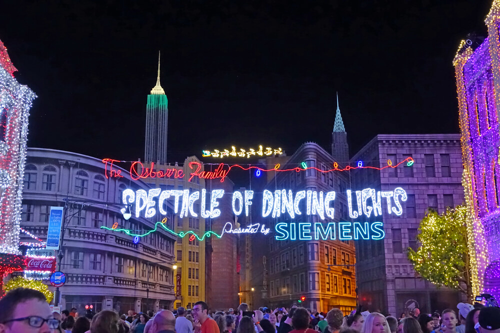 Our Top Tips for Enjoying This Year's Osborne Spectacle of Dancing Lights