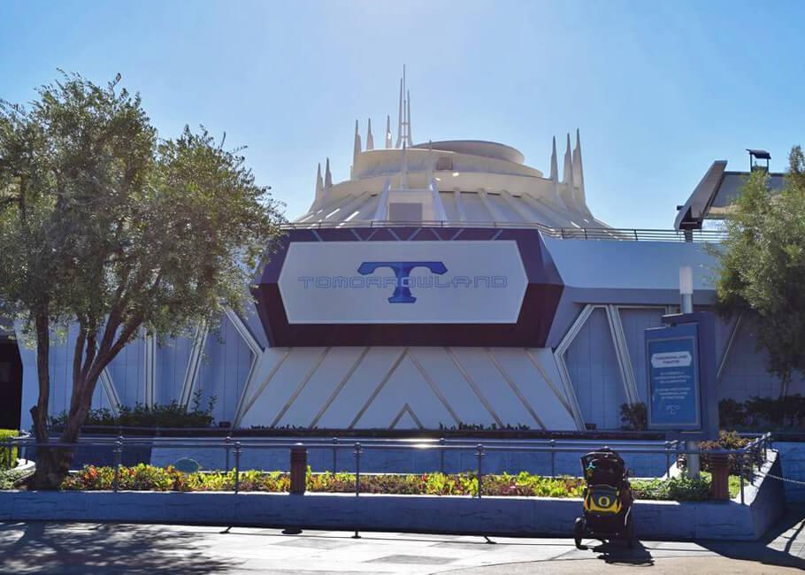 Adventure-seeking Teens and Tweens' Top Thrills at Disneyland