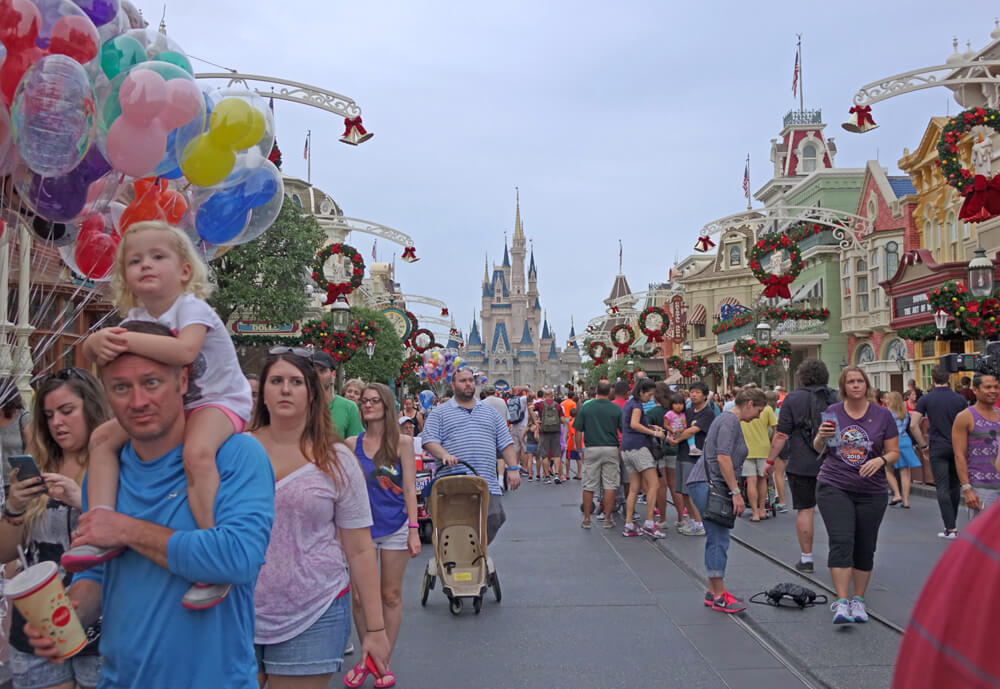 Disney, Universal and SeaWorld Add Metal Detectors Ahead of Busy Holiday Season