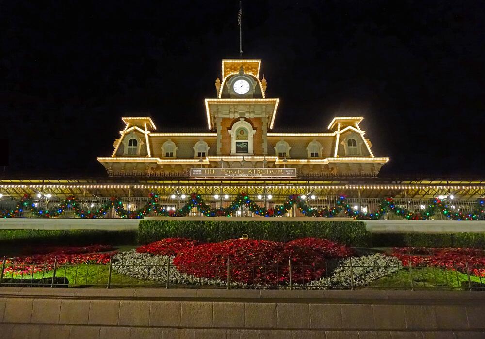 Disney World Holiday Crowds - Magic Kingdom Entrance