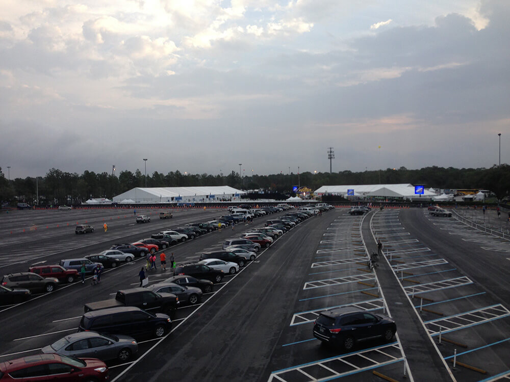 What to Expect at the Disney World Marathon - Epcot parking lot