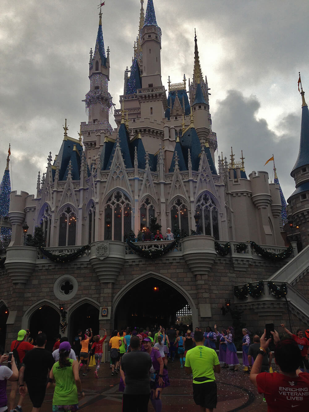 What to Expect at the Disney World Marathon - Castle marathon