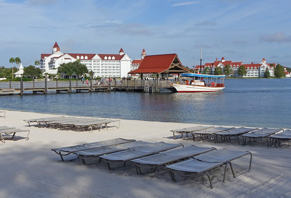 Polynesian Boat Launch - Reasons to Stay at Disney World Hotels