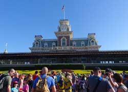 Disney World Spring Break 2016 Survival Tips