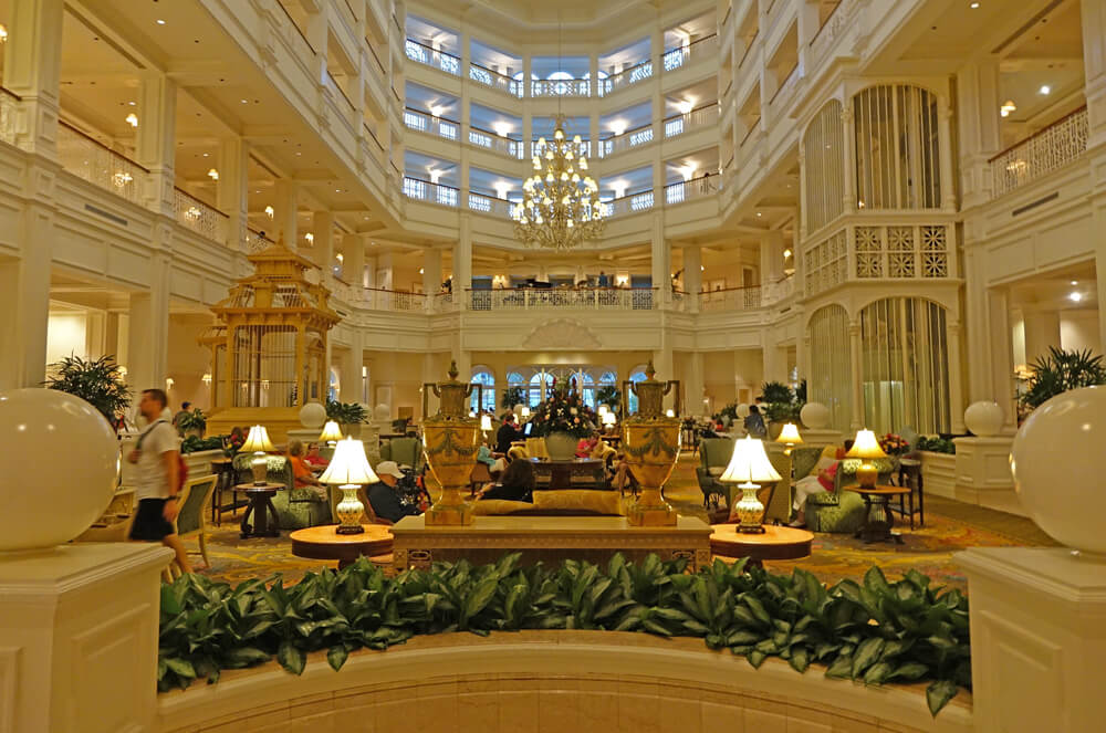 Romantic Things to Do at Disney World for Valentines (or any) Day - Disney's Grand Floridian
