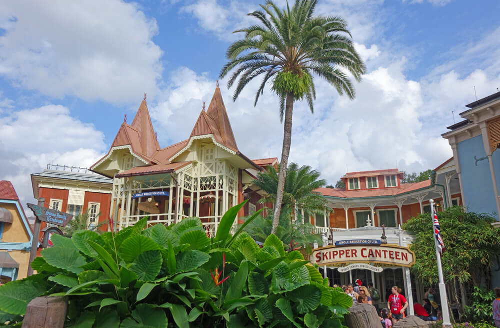 Review: Skipper Canteen Adds Flavorful Exotic Dishes in Fun Setting